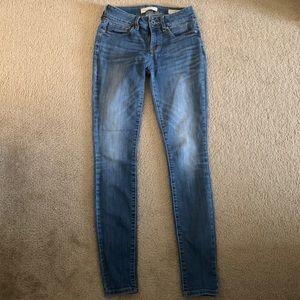 Bull head skinny jeans